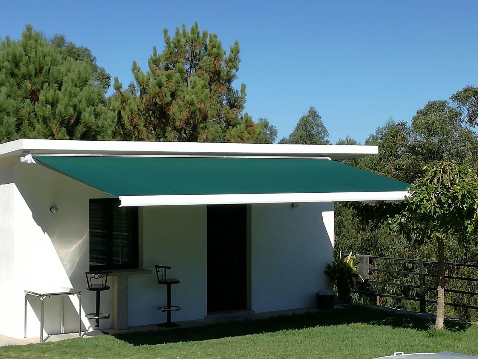 Galer a de toldos persianas estores enrollables masventana for Toldos triangulares para terrazas